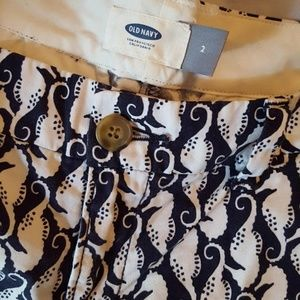 Old Navy Shorts - Old Navy Summer Shorts white seahorse print